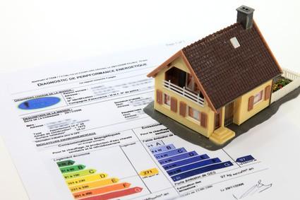 Quel est ce schéma multicolore sur les annonces immobilières ?