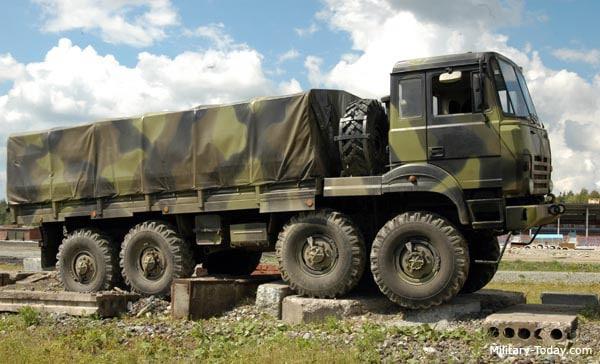 Véhicule militaire dédié au transport
