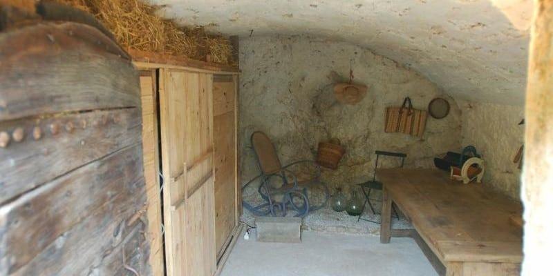 les 4 conseils pour d shumidifier votre cave. Black Bedroom Furniture Sets. Home Design Ideas